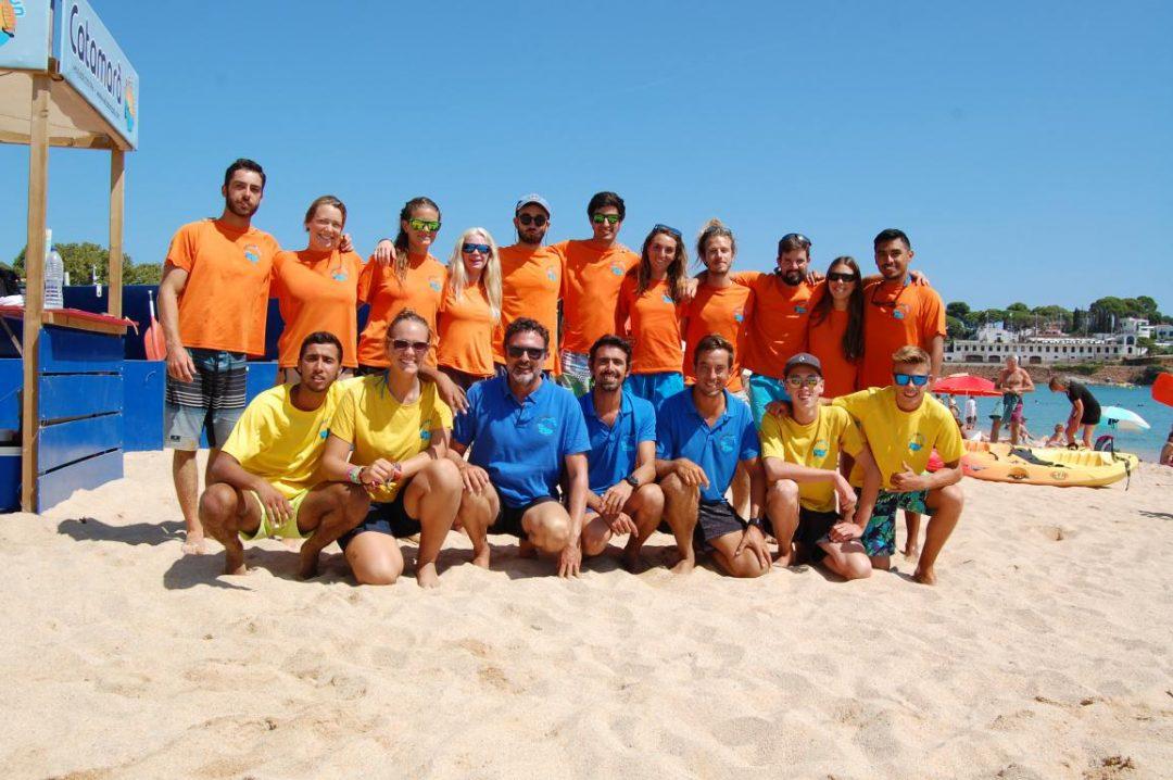 equip de l'escola de vela i kayac sant pol